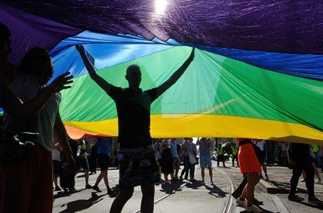 """Europarlament przeciwko """"uchwałom anty-LGBT"""""""