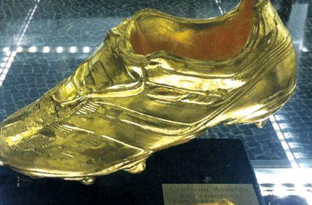 Złoty But na nodze Lewego