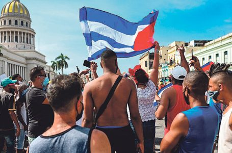 Gniew demonstrantów